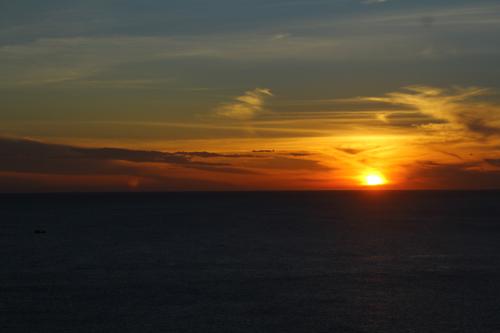 Ánh bình minh du lịch biển đà nẵng