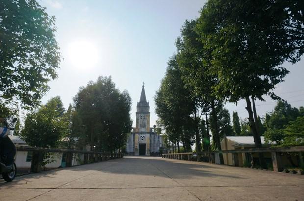 nhà  thờ  100 năm ở đà nẵng