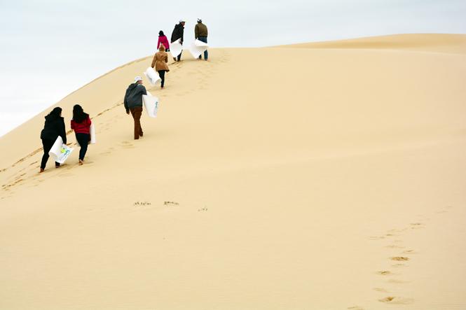 trượt cát quảng bình